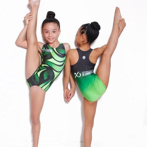 trusa deportiva personalizada para niñas